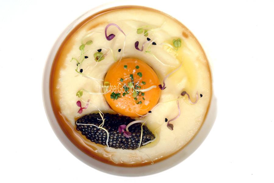 Huevos y caviar