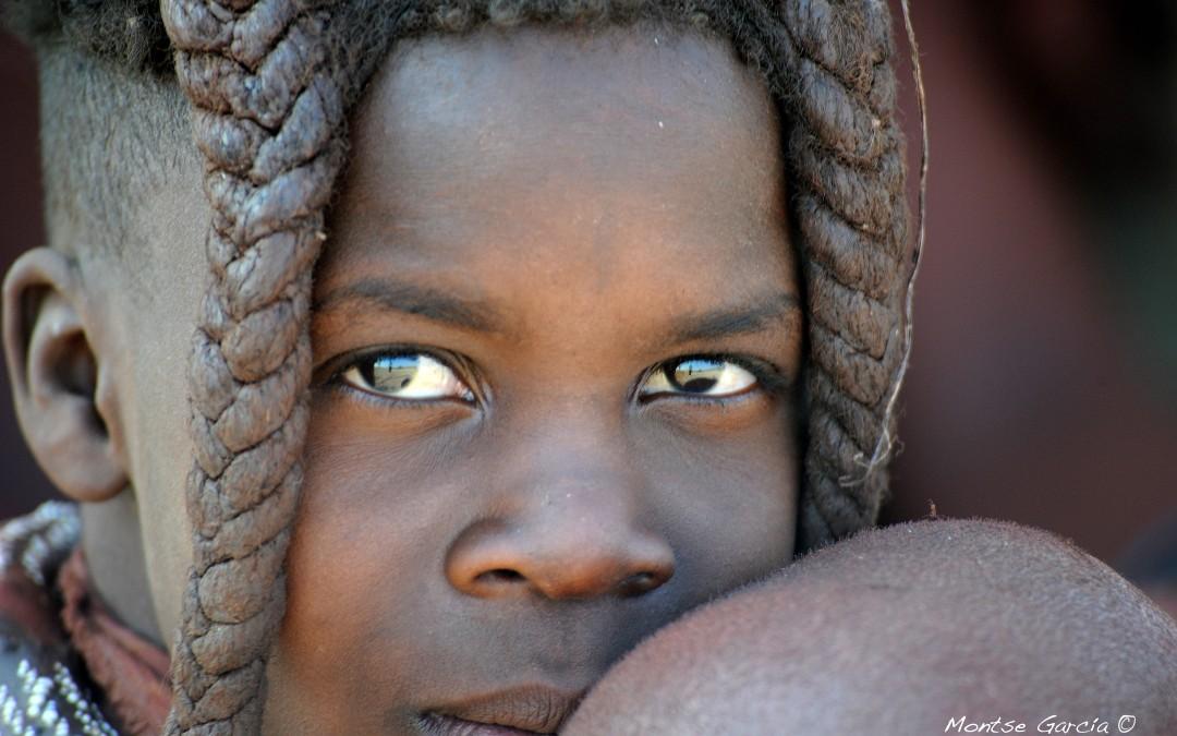 Namibia: Atraviesa el desierto de los Himba y los Bosquimanos
